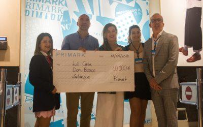 Primark dona 10.000 euros a la Fundación Ángel Tomás