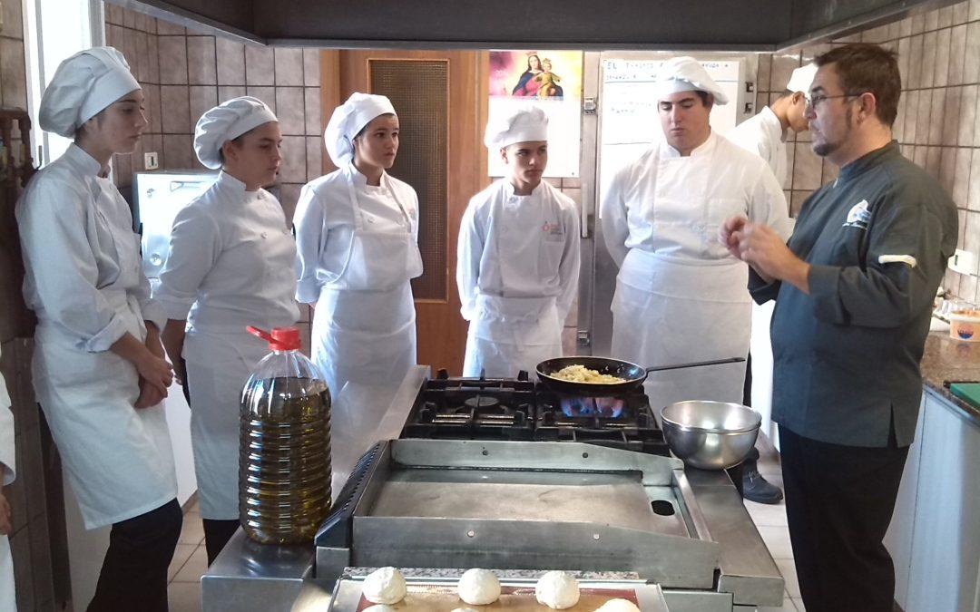 Nueva edición del curso de Ayudante de cocina y camarero del Taller de Hostelería del Centro de Día Don Bosco