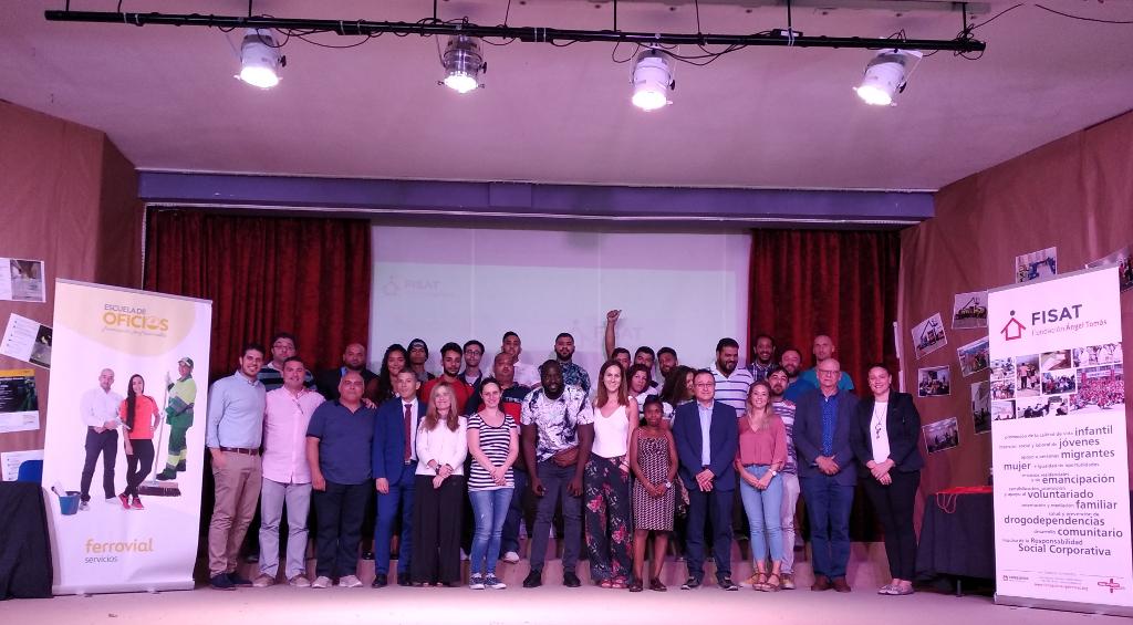 FISAT y Ferrovial Servicios ceden el protagonismo a la juventud que inicia la primera edición de la Escuela de Oficios de Alicante